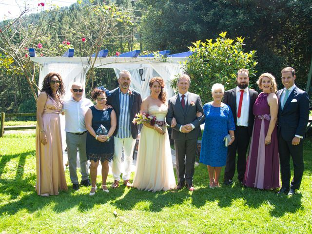 La boda de Amaia y Merino en Elgoibar, Guipúzcoa 190