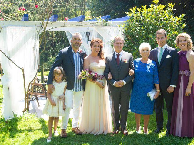 La boda de Amaia y Merino en Elgoibar, Guipúzcoa 192