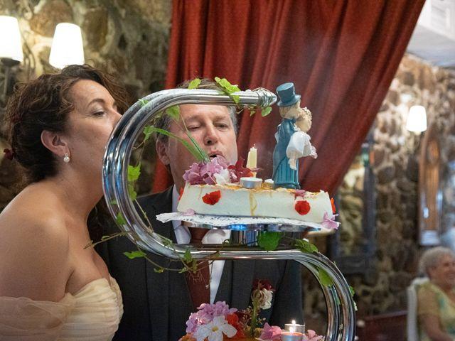 La boda de Amaia y Merino en Elgoibar, Guipúzcoa 200