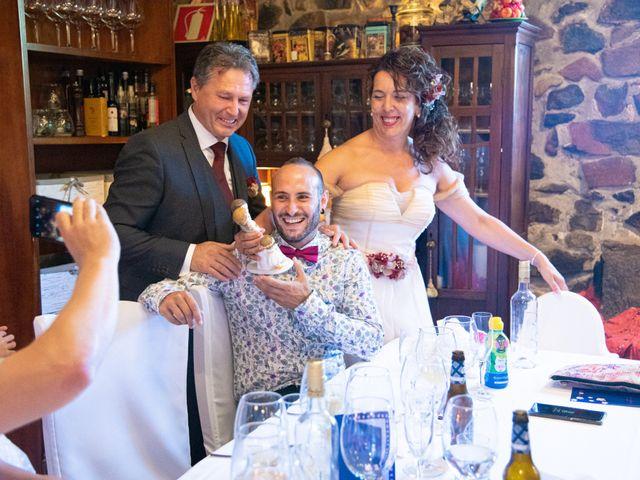 La boda de Amaia y Merino en Elgoibar, Guipúzcoa 204