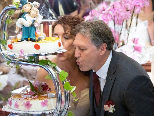 La boda de Amaia y Merino en Elgoibar, Guipúzcoa 212