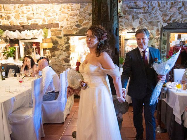 La boda de Amaia y Merino en Elgoibar, Guipúzcoa 219