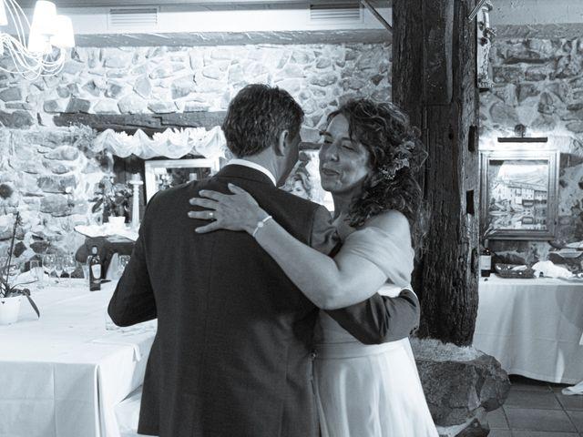 La boda de Amaia y Merino en Elgoibar, Guipúzcoa 220