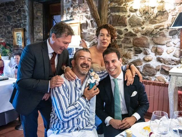 La boda de Amaia y Merino en Elgoibar, Guipúzcoa 225