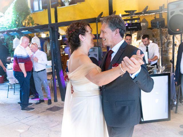 La boda de Amaia y Merino en Elgoibar, Guipúzcoa 246