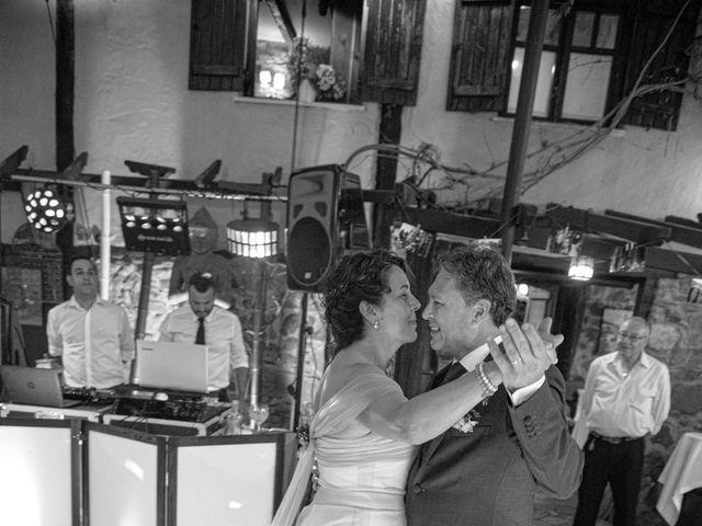 La boda de Amaia y Merino en Elgoibar, Guipúzcoa 249
