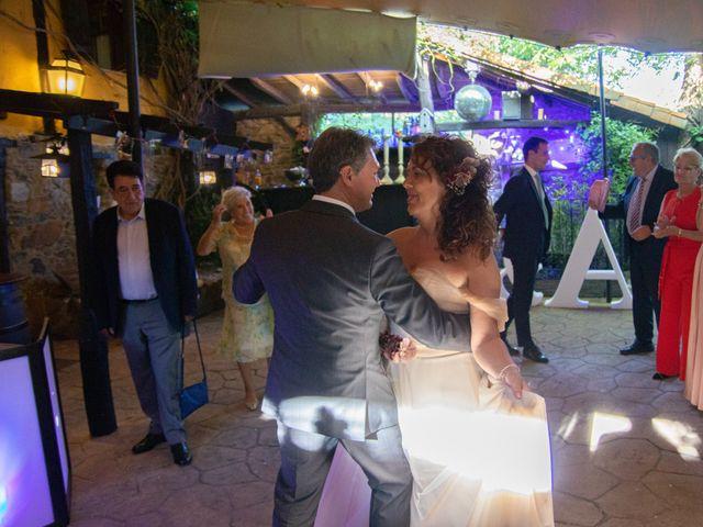 La boda de Amaia y Merino en Elgoibar, Guipúzcoa 257
