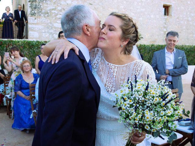 La boda de Martí y Lau en Orient, Islas Baleares 23