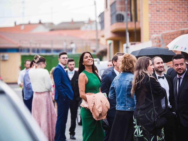 La boda de Santi y Sole en Pedrajas De San Esteban, Valladolid 26