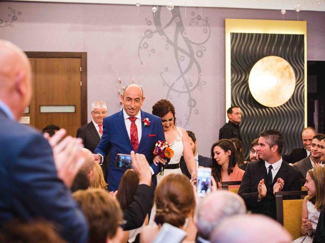 La boda de Santi y Sole en Pedrajas De San Esteban, Valladolid 34