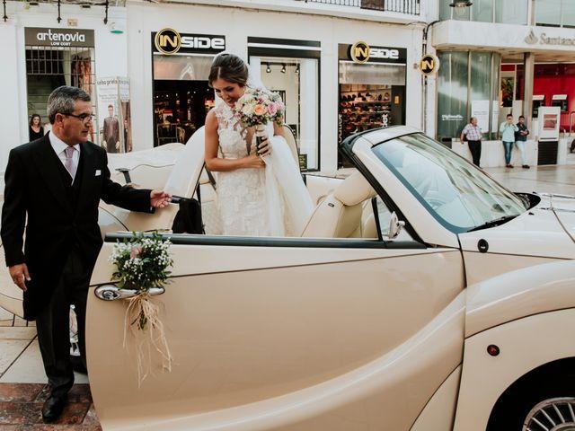 La boda de Cristina y Mario en Huelva, Huelva 23