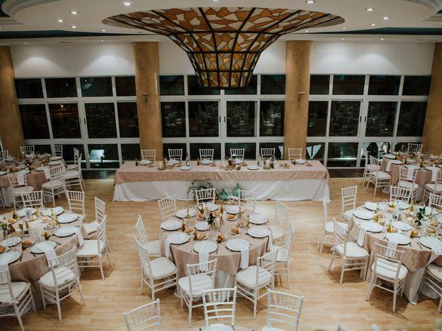 La boda de Cristina y Mario en Huelva, Huelva 33