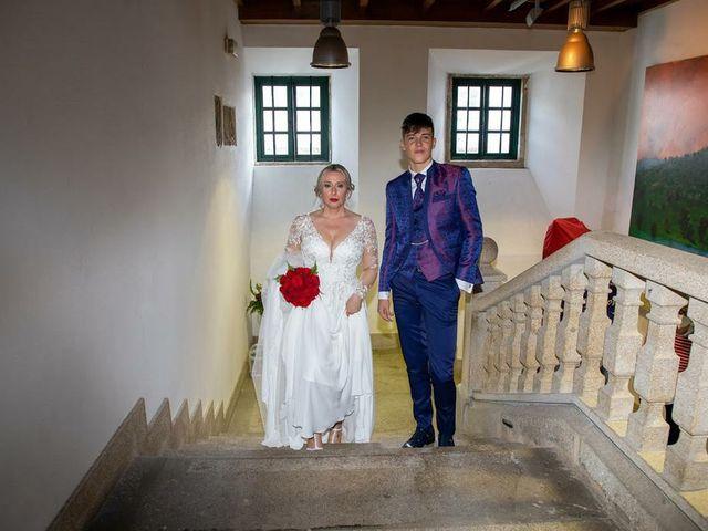 La boda de Alberto  y Fátima  en Ortigueira, A Coruña 12