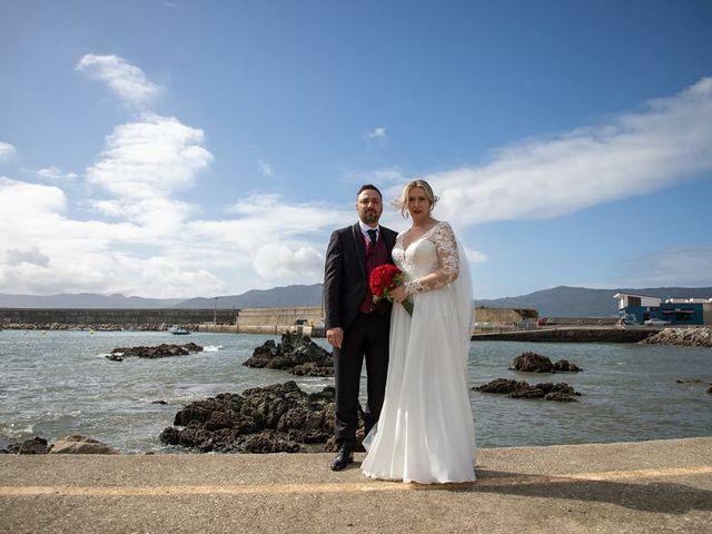 La boda de Alberto  y Fátima  en Ortigueira, A Coruña 14