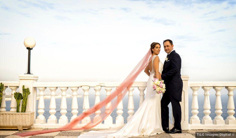 La boda de Javi y Lydia en Salobreña, Granada