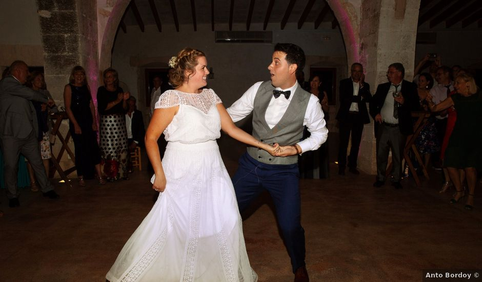 La boda de Martí y Lau en Orient, Islas Baleares