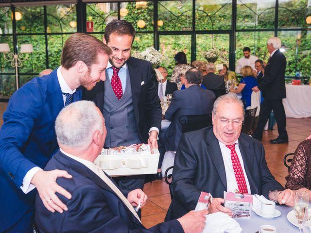 La boda de Mercedes y Emilio en Málaga, Málaga 9
