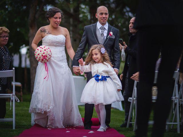 La boda de Toni y Estefania en Sallent, Barcelona 13