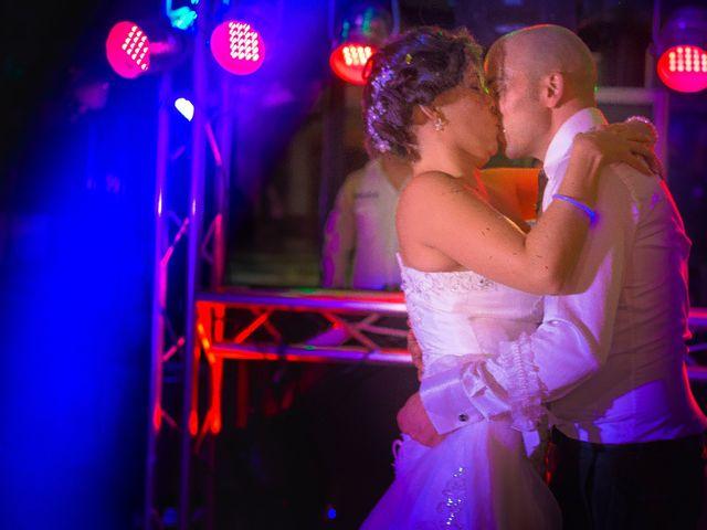 La boda de Toni y Estefania en Sallent, Barcelona 33