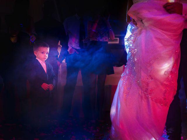 La boda de Toni y Estefania en Sallent, Barcelona 36