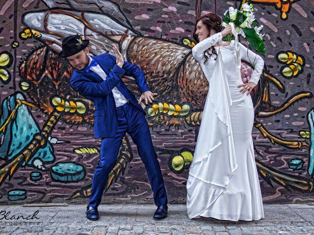 La boda de Vladis y Paula en Girona, Girona 1