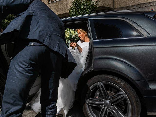 La boda de Josu y Paola en Hondarribia, Guipúzcoa 16