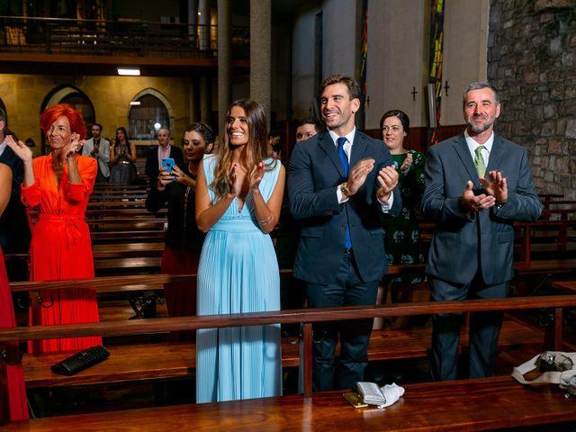 La boda de Josu y Paola en Hondarribia, Guipúzcoa 22