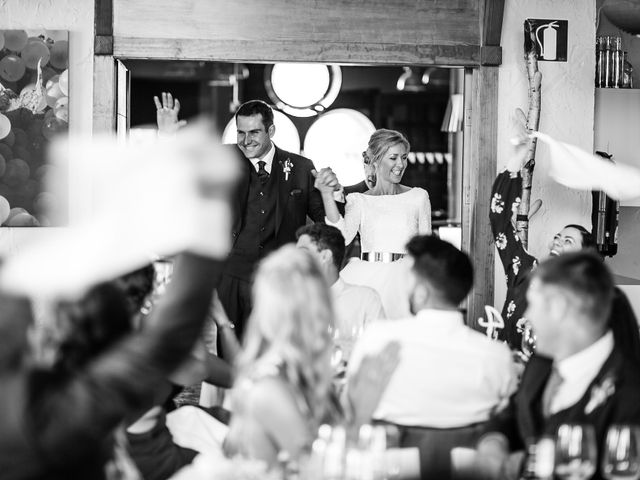 La boda de Josu y Paola en Hondarribia, Guipúzcoa 44