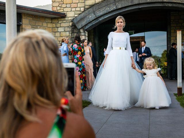 La boda de Josu y Paola en Hondarribia, Guipúzcoa 53