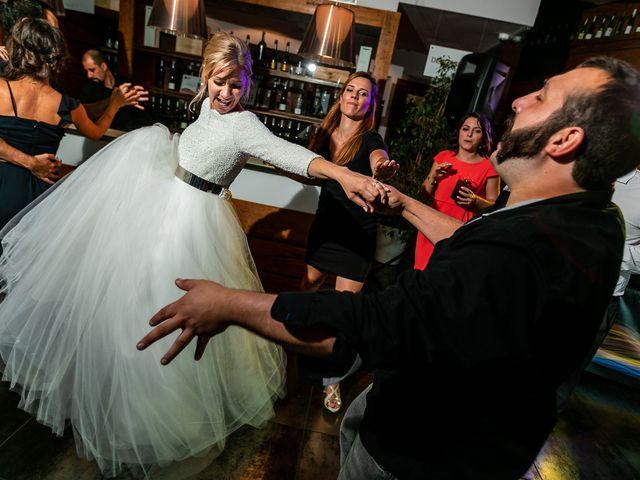 La boda de Josu y Paola en Hondarribia, Guipúzcoa 57