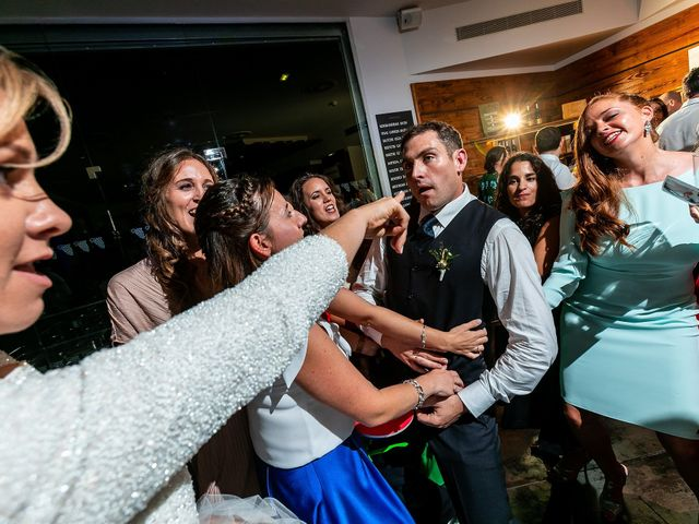 La boda de Josu y Paola en Hondarribia, Guipúzcoa 59