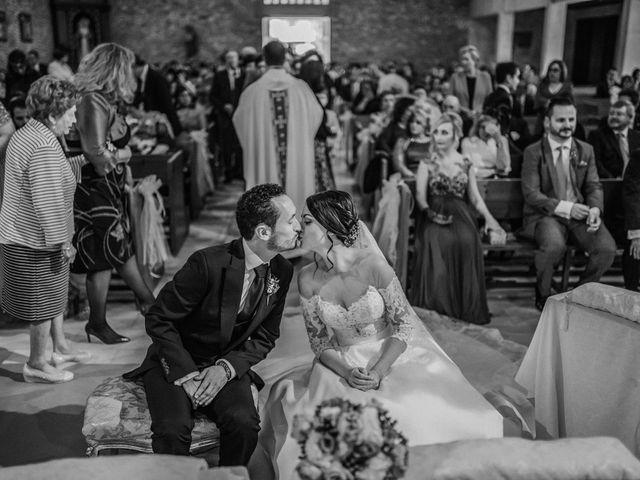 La boda de Fernando y Hermy en Olula Del Rio, Almería 32