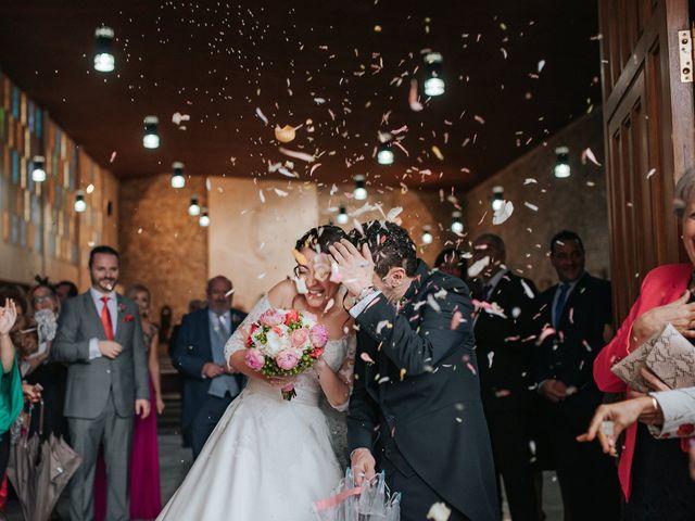 La boda de Fernando y Hermy en Olula Del Rio, Almería 33