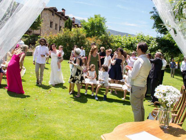 La boda de David y Veronica en Navacepedilla De Corneja, Ávila 12