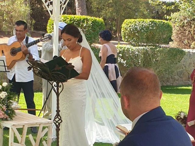 La boda de Cristian  y Fana en Badajoz, Badajoz 19