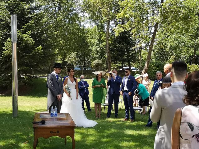 La boda de Pedro y Elena en Oviedo, Asturias 16