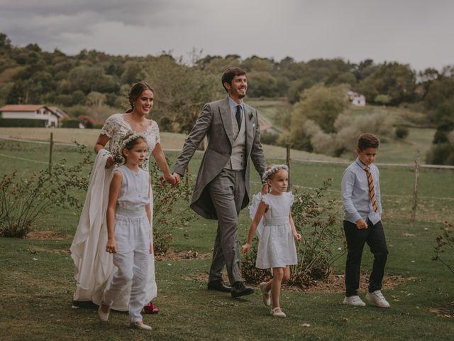 La boda de Pablo y Bea en Donostia-San Sebastián, Guipúzcoa 28