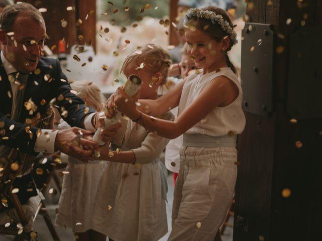 La boda de Pablo y Bea en Donostia-San Sebastián, Guipúzcoa 44