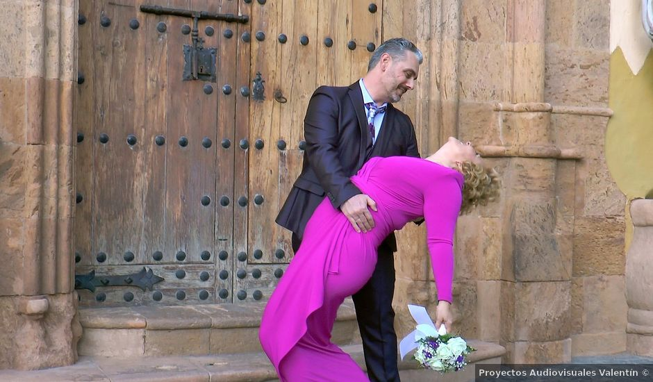 La boda de Pablo y Lourdes en Las Palmas De Gran Canaria, Las Palmas