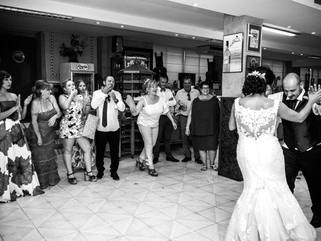 La boda de Juan y Gemma en La Carolina, Jaén 32