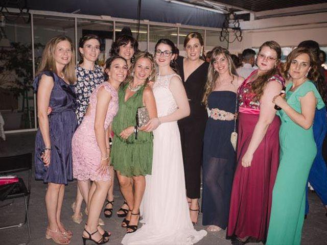 La boda de Alex y Maria en Madrid, Madrid 33