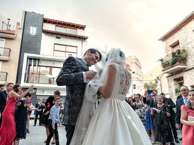 La boda de Jesús y Beatriz en Alfondeguilla, Castellón 23