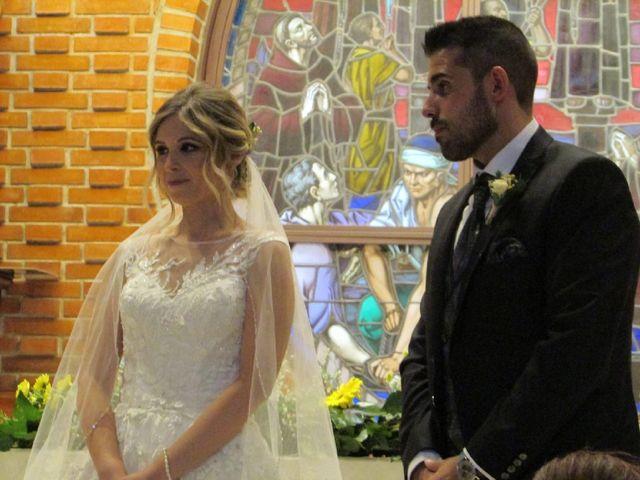 La boda de Sara y Kike en Valdemorillo, Madrid 1