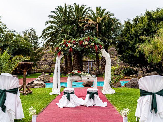 La boda de Lourdes y René en Galdar, Las Palmas 14