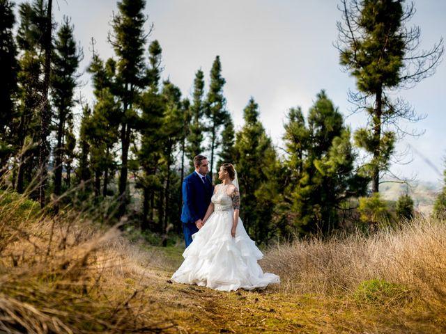 La boda de Lourdes y René en Galdar, Las Palmas 86
