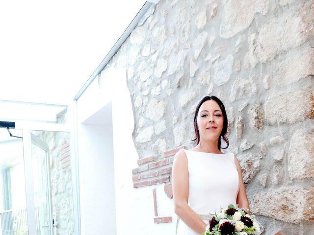La boda de Sergi y Miriam en Vilanova Del Valles, Barcelona 13