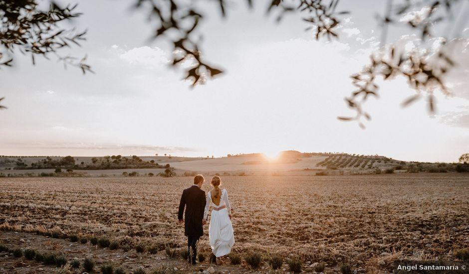 La boda de Juan y Sara en Torremocha Del Jarama, Madrid
