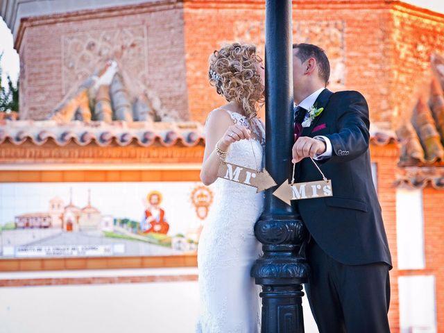 La boda de David y Cristina en Membrilla, Ciudad Real 35