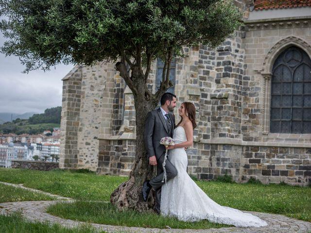 La boda de Joseba y Maialen en Santurtzi, Vizcaya 39