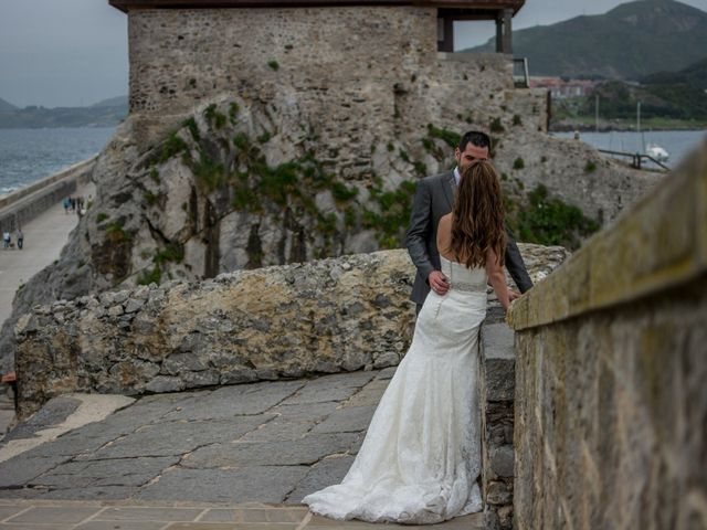 La boda de Joseba y Maialen en Santurtzi, Vizcaya 42